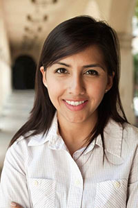 Karen Mendez, recipient of the 2015 Minority Scholars Award